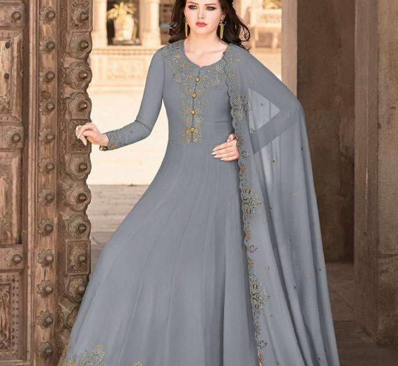 Les meilleurs costumes d'Anarkali avec un corsage magnifique comme tenue de fête